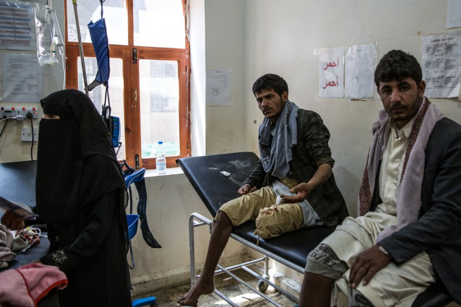 MSF's five-bed hospital in Haydan was in a state of emergency - in 2017, nearly 7000 patients were received there. Haydan, Yemen, March 2018.