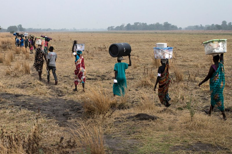 An image preview for South Sudan: People caught between the front lines of renewed violence in country's north article.
