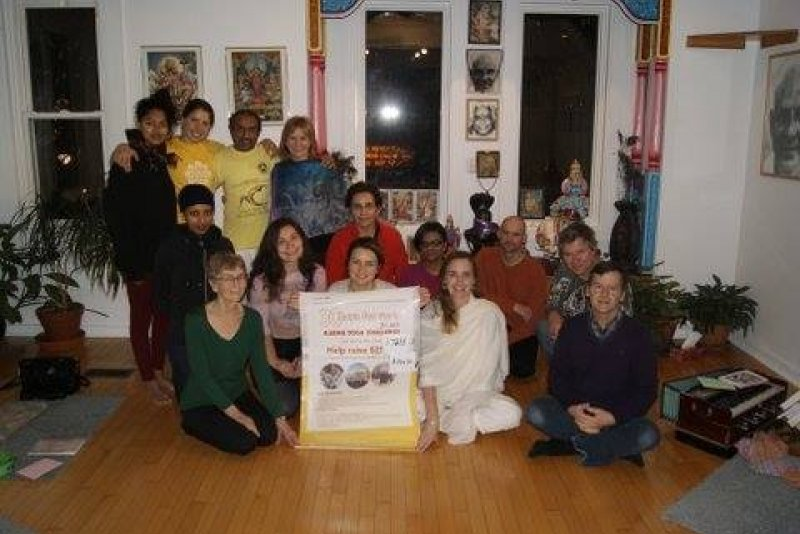 An image preview for Supporter Stories: Toronto yoga centre finds inspiration in MSF's work in Syria article.