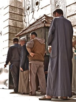 NFI distribution to people displaced by violence from Anbar province